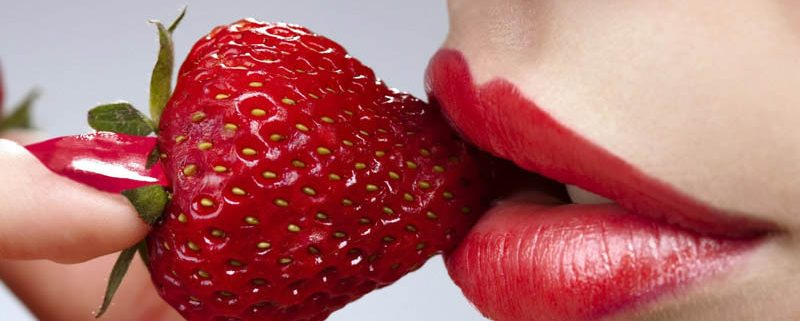 Перманентный макияж губ